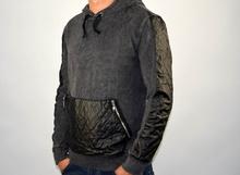 Мъжка блуза с кожени акценти