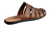 Мъжки затворени чехли