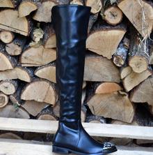 Ефектни дамски чизми с камъни!
