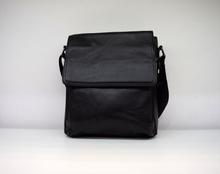 Мъжка чанта ЕСТЕСТВЕНА КОЖА CONRAD- черна