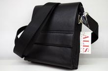 Мъжка чанта ЛУКС колекция - DAVID - черна с магнитен капак