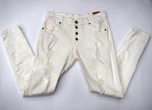 Дамски панталон тип потур - бял