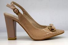 дамски лачени обувки на ток