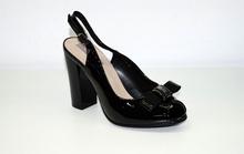 Елегантни дамски сандали - STYLE - черен лак