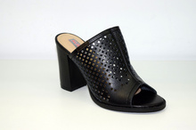 Елегантни дамски чехли на ток - MIA - черни с перфорация