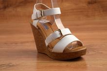 Стилни сандали на платформа - JASMINE - бели
