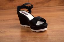 Елегантни дамски сандали - ELEGANT - черни