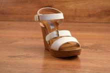 Дамски сандали - STAR - бели