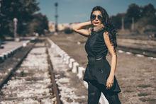 Стилен дамски елек с ЕСТЕСТВЕН ПУХ - 1004 -  черен