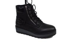 Модни дамски боти - 067 - черни