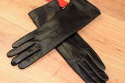 Дамски дълги ръкавици естествена кожа код 028-черни