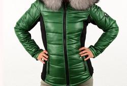 Зимно дамско яке - 1624 - БРАТАН с ЕСТЕСТВЕН КОСЪМ - тъмно зелено