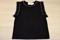 Дамска блуза с къс ръкав - 5011 - черна с перли