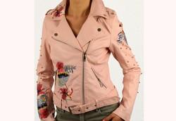 Кожено дамско яке - 1524 - розово с апликация и перли