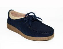 Дамски обувки ниска подметка ЕСТЕСТВЕН ВЕЛУР - тъмно сини