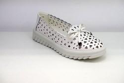 Дамски обувки ЕСТЕСТВЕНА КОЖА - 6600 - бели
