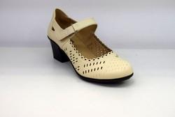 Дамски сандали на нисък ток - 0355 - светло бежово