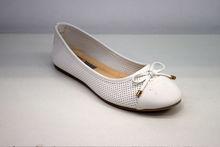 Дамски пантофки - 2820 -  бели