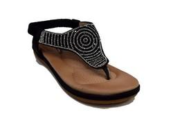 Ниски дамски сандали с разделител - 2827 - черни