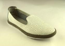 Дамски пантофки от ЕСТЕСТВЕНА КОЖА - А 2824 - бели