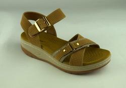 Дамски сандали - А 2849 - бежови на лека платформа