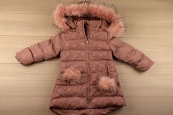 Детско зимно яке за момичета - 8120 - розово от 3 до 8 г.
