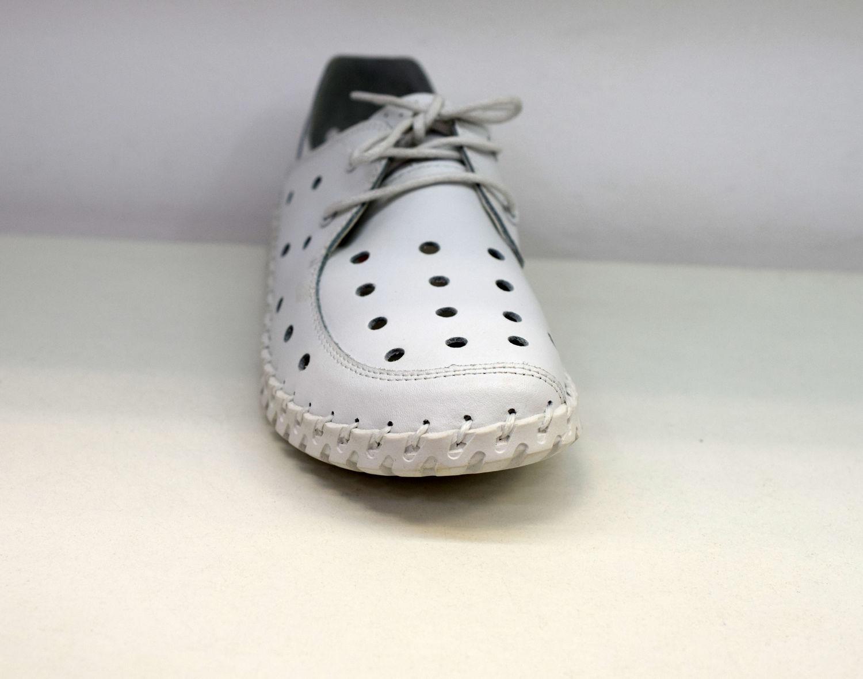 f47d8e9dee5 Дамски обувки ЕСТЕСТВЕНА КОЖА с перфорация - 6605 - бели - Alis.bg -