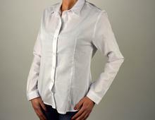 Дамска класическа бяла риза