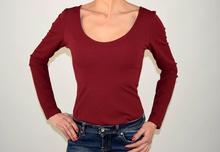 Дамско боди в бордо с гол гръб
