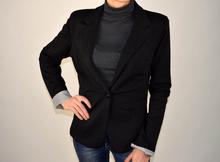 Дамско спортно-елегантно късо сако