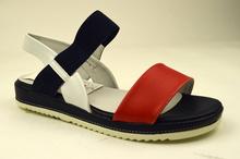 Модни дамски сандали