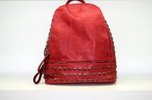 Дамска раница - SIERRA - червена с капси