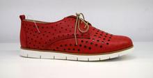 Дамски обувки с перфорация ЕСТЕСТВЕНА КОЖА БЪЛГАРСКО ПРОИЗВОДСТВО - червени