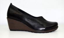 Дамски обувки на платформа ЕСТЕСТВЕНА КОЖА БЪЛГАРСКО ПРОИЗВОДСТВО - черни