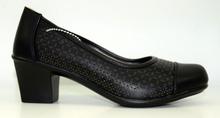 Стилни дамски обувки с нисък ток - ADYNA - черни с перфорация