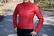 Уникално дамско кожено пролетно яке - HONEY WINTER - червено