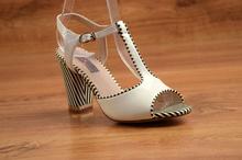 Елегантни сандали на ток - ALEXIS - бял лак