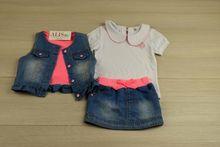 Страхотен дънков комплект от 3 части - син с розов акцент за 1 годишни