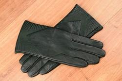 Дамски ръкавици естествена кожа код 027-тъмно зелени