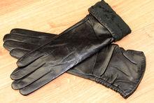 Дамски дълги ръкавици естествена кожа код 030-черни