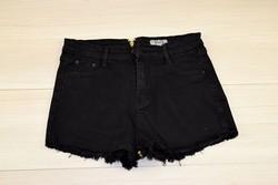 Къси дамски дънкови панталонки - 8810 - черни със заден цип
