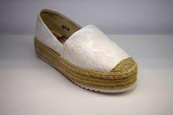 Стилни дамски ежедневни обувки - 2822 - бели