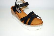 Дамски сандали на платформа - 2821 - черни