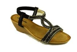 Ежедневни дамски сандали - А 2843 - черни с камъни