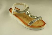 Комфортни дамски сандали - А 2836 - сребристи