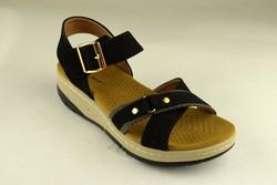 Дамски сандали - А 2849 - черни на лека платформа