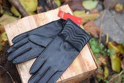 Дамски ръкавици ЕСТЕСТВЕНА КОЖА-код 043-черни