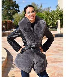 Шикозно дамско палто код 831-черно със сив пух